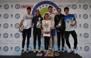 Los tres primeros clasificados masculinos y femeninos de la San Silvestre de Pontevedra 2019