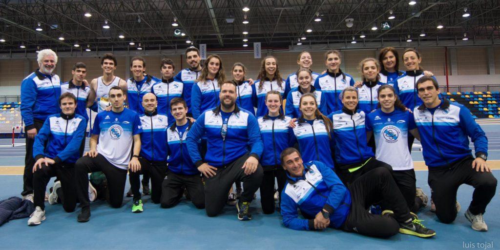La Sociedad Gimnástica de Pontevedra ganó la Copa Gallega de Clubs de pista cubierta en categoría masculina y en femenina.