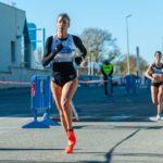 Eva Arias bate el récord gallego en los 5km ruta