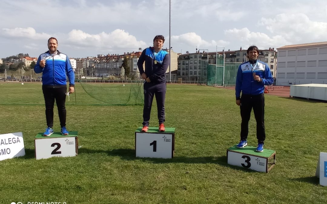 Los atletas del club han conseguido cuatro medallas en el Campeonato Gallego de Lanzamientos Largos